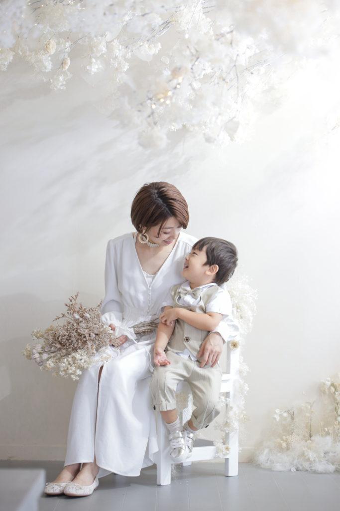 母と子の記念写真