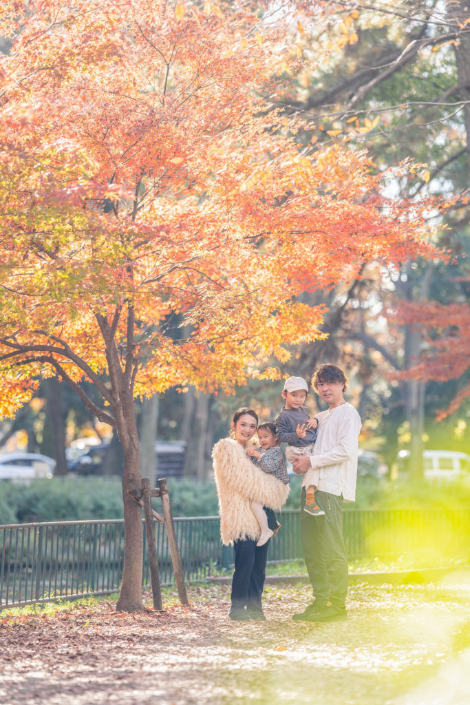 名城公園で撮影した紅葉のロケーションフォト