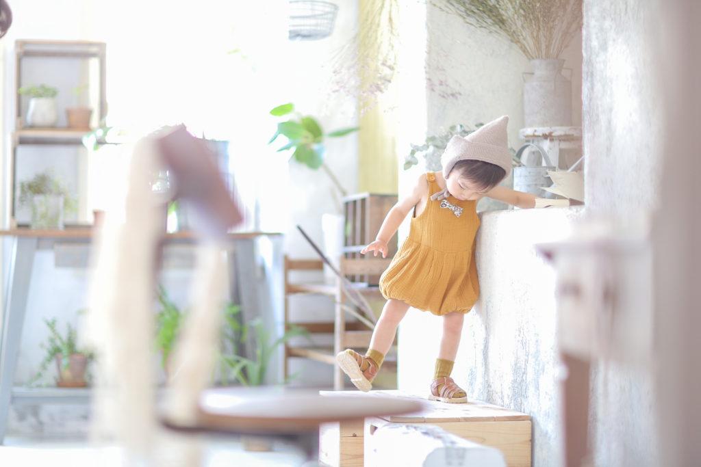 1歳の赤ちゃんの誕生日記念写真