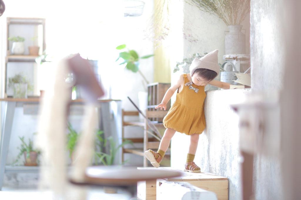 名古屋のフォトスタジオで撮影した自然な赤ちゃん写真